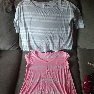 2 Abercrombie and Fitch sz XS tops